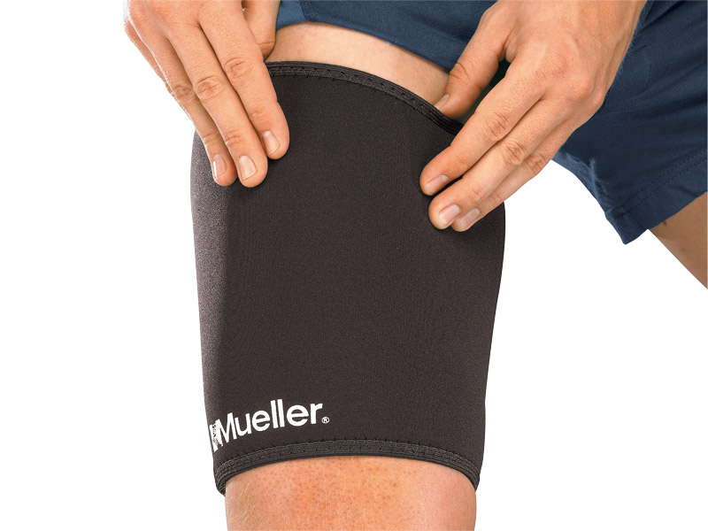 Mueller - Mueller Thigh Sleeve - Medium