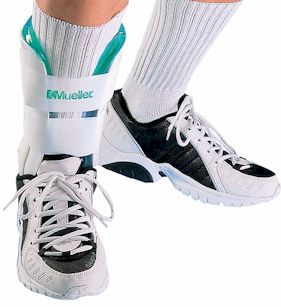 Mueller - Mueller Cold therapy gel ankle brace - one size